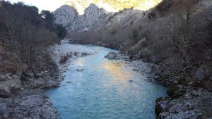 נהר בזגוריה צפון יוון